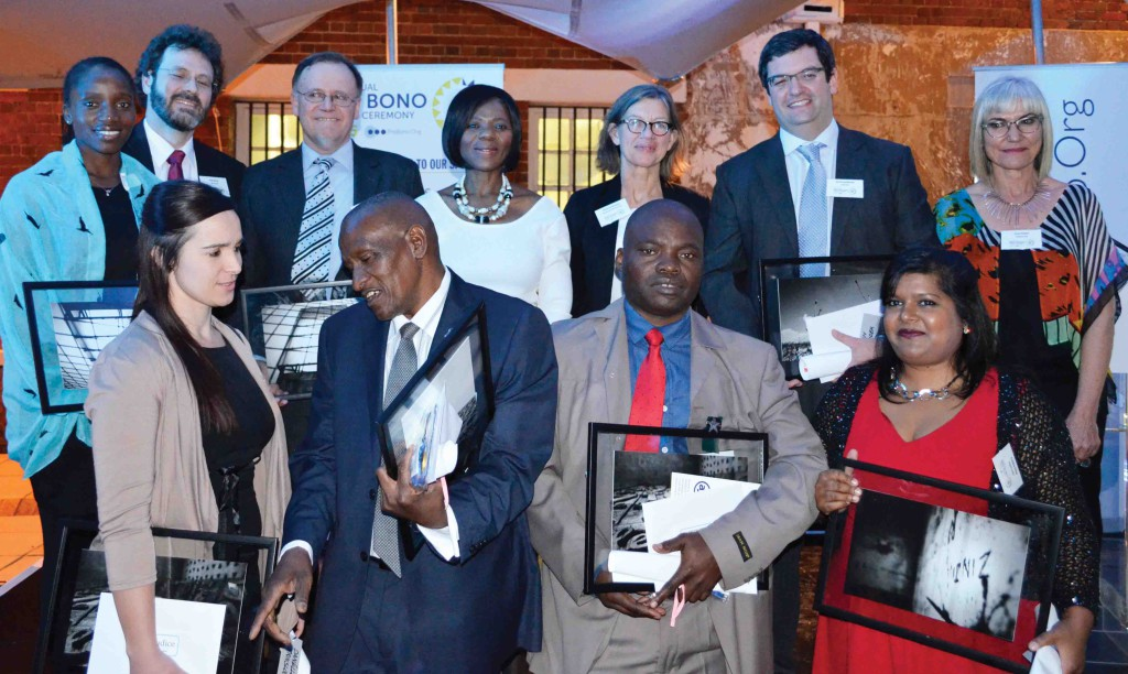 Public Protector, advocate Thuli Madonsela, (middle back) and National Director of ProBono.Org, Erica Emdon (back right), with the Pro Bono Awards winners at the second annual Pro Bono Awards.